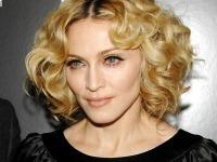Новости мирового шоу-бизнеса (68): Мадонна извинилась перед поклонником вклипе