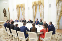 Чепецкая учительница встретилась с Путиным