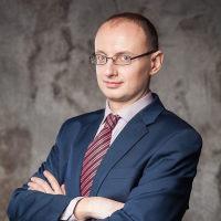 Роман Маслеников
