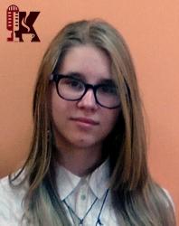 Алина Ищенко в школе.