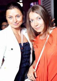 Анастасия Романцова (слева) и Александра Сорокина