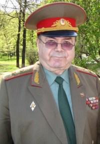 Дубров Григорий Карпович Председатель Президиума Русского антифашистского комитета Генерал-лейтенант